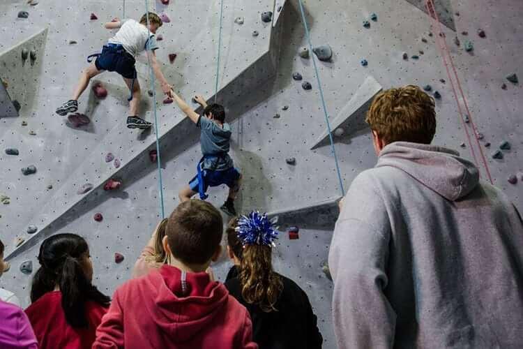 teen-rock-climb