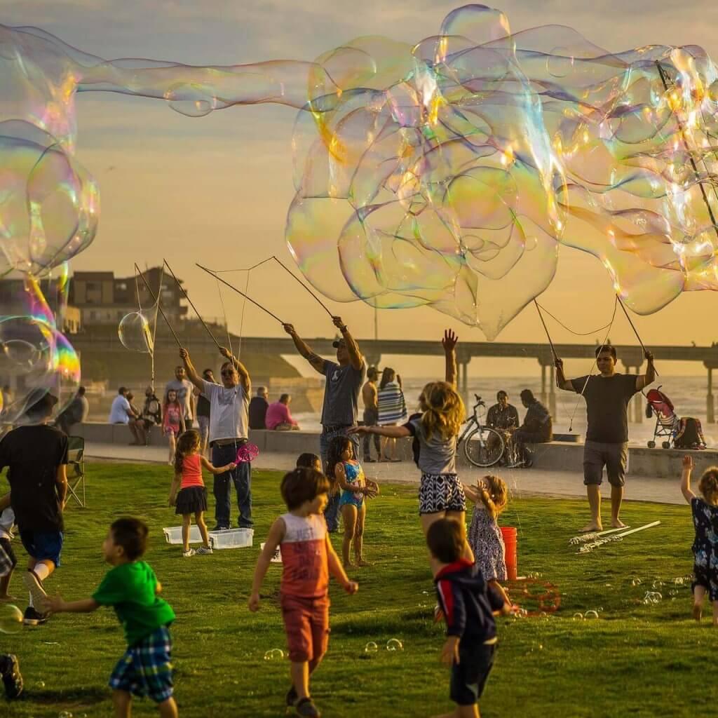 sydney-school-holidays-fun-with-bubbles